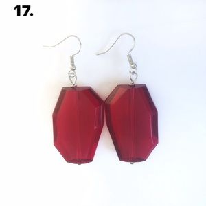 2 for 15$ or 1 for 8$. Handcrafted earrings!